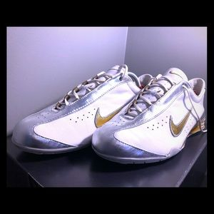Very rare 05' Nike Rival shox silver and gold sz 7